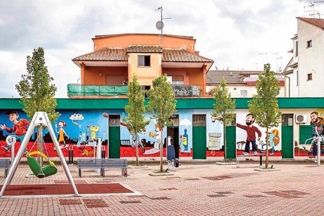 Quarto Miglio: con arredi ludici, sportivi e murales il mercato diventa la nuova piazza del quartiere